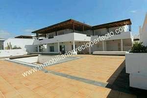 Villa for sale in Puerto Calero, Yaiza, Lanzarote.