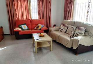 Chalet for sale in Arrecife, Lanzarote.