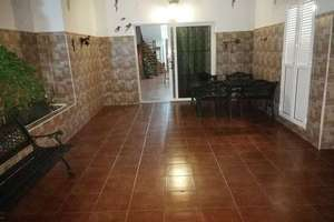 Semidetached house for sale in Playa Honda, San Bartolomé, Lanzarote.