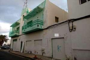 Building for sale in Valterra, Arrecife, Lanzarote.